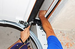 Metro Garage Door Repair Service Portage, IN 219-250-1449